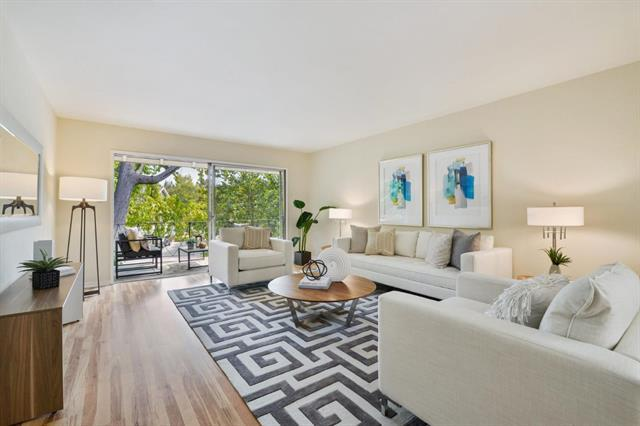 Detail Gallery Image 1 of 20 For 21 Willow Rd #28,  Menlo Park,  CA 94025 - 2 Beds | 2 Baths