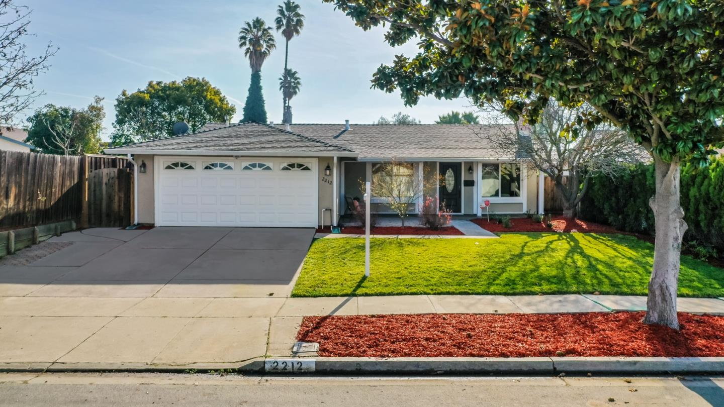 Detail Gallery Image 1 of 1 For 2212 Shadowtree Dr, San Jose,  CA 95131 - 4 Beds | 2 Baths
