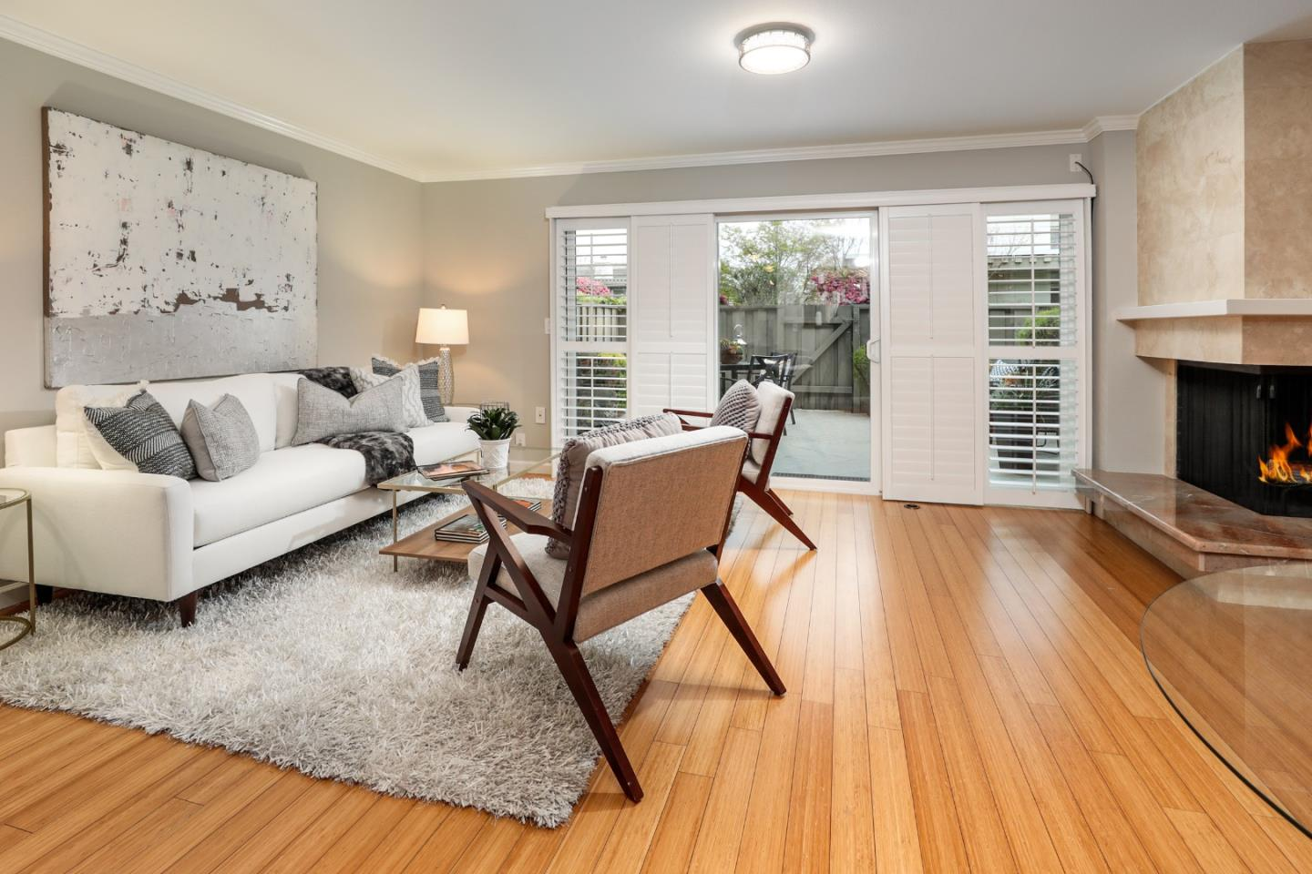 Detail Gallery Image 1 of 40 For 38 Los Altos Sq, Los Altos,  CA 94022 - 3 Beds | 2/1 Baths