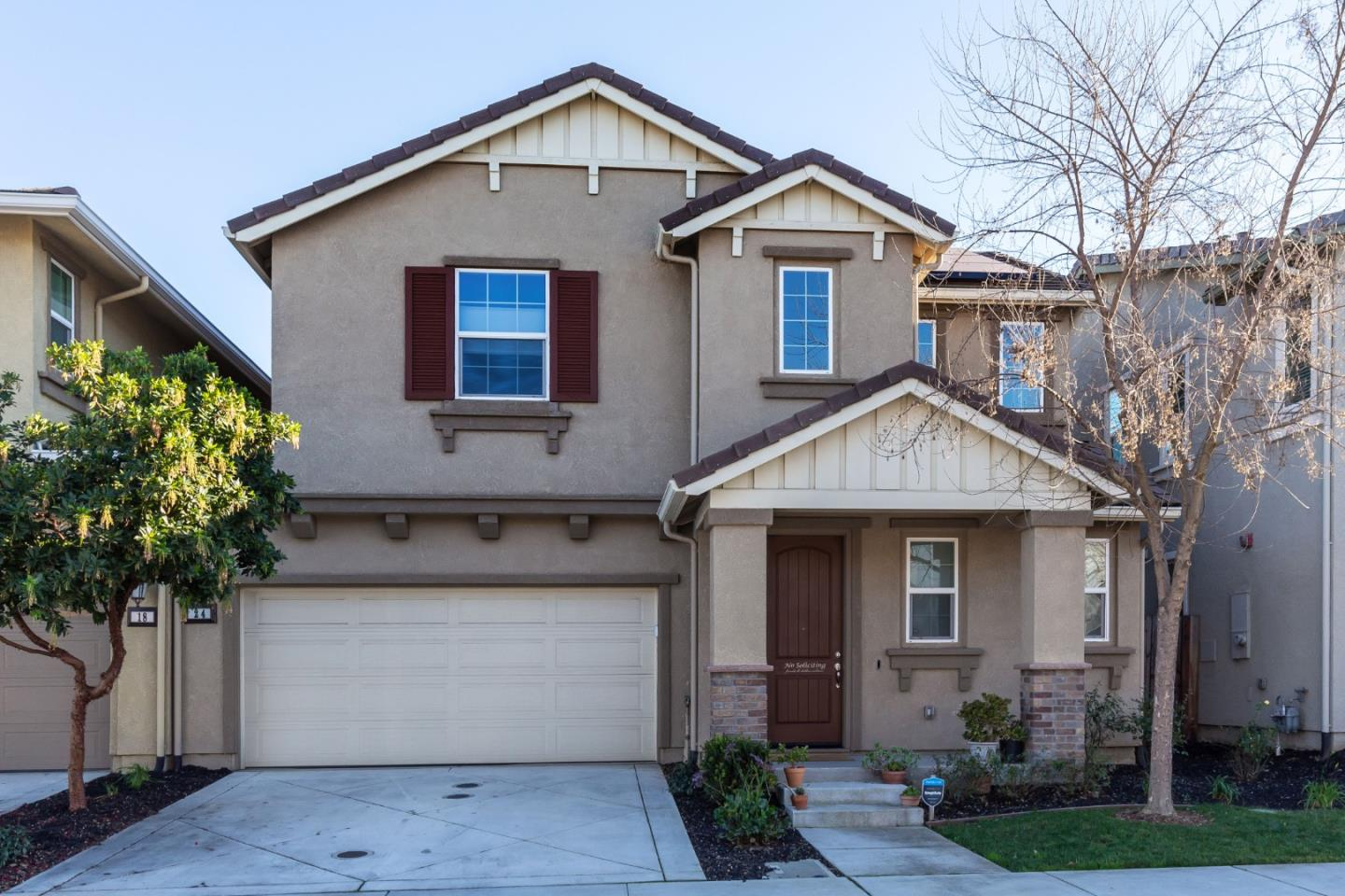 Detail Gallery Image 1 of 1 For 24 Sister City Way, Gilroy,  CA 95020 - 3 Beds | 2/1 Baths