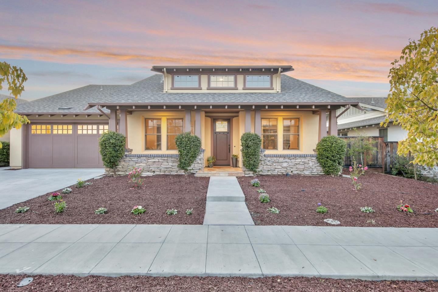 Detail Gallery Image 1 of 1 For 1315 Cordilleras Ave, Sunnyvale,  CA 94087 - 4 Beds   3 Baths