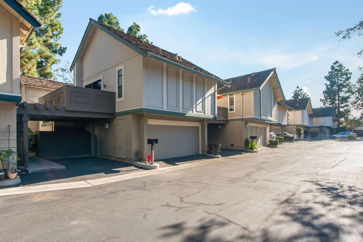 No shared walls in this desirable townhome. Vaulted ceiling,Two large private patios and 2 balconies. Two large bedrooms and 2 lofts. Top Cupertino schools: Garden Gate Elem, Lawson Middle & Monta Vista High.Two car garage with finished interior+ 1-car carport. Close to transportation & shopping.2 bed/ 2 bath detached property w/ attached 2 car garage, central AC,hardwood floor..close to Memorial Park, Cupertino Recreation and Community Center, De Anza College, and shopping,