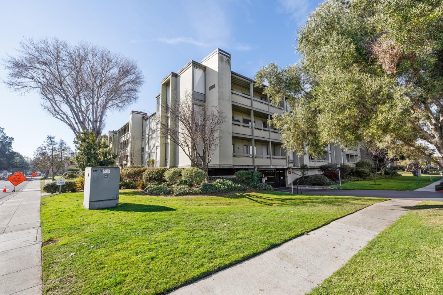 Detail Gallery Image 1 of 1 For 1081 Beach Park Blvd #303,  Foster City,  CA 94404 - 1 Beds | 1 Baths