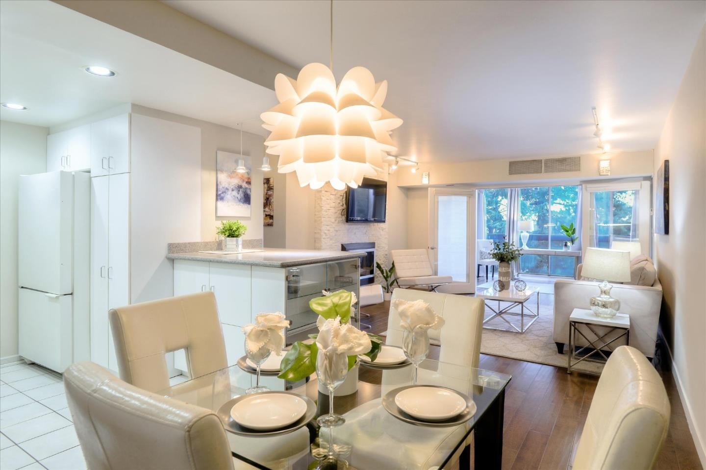Detail Gallery Image 1 of 25 For 101 Alma St #506,  Palo Alto,  CA 94301 - 2 Beds | 1 Baths