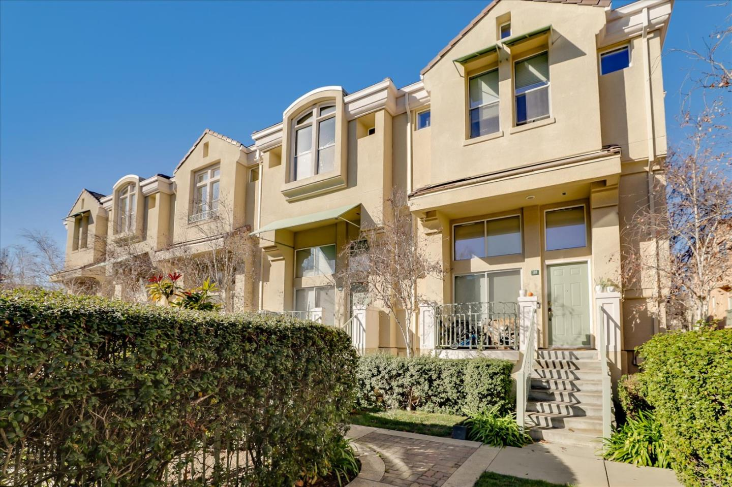 Detail Gallery Image 1 of 1 For 139 Frederick Ct, Mountain View,  CA 94043 - 3 Beds   2/1 Baths