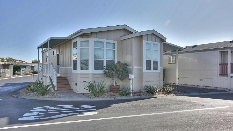 Detail Gallery Image 1 of 12 For 325 Sylvan Ave #90,  Mountain View,  CA 94041 - 2 Beds   2 Baths