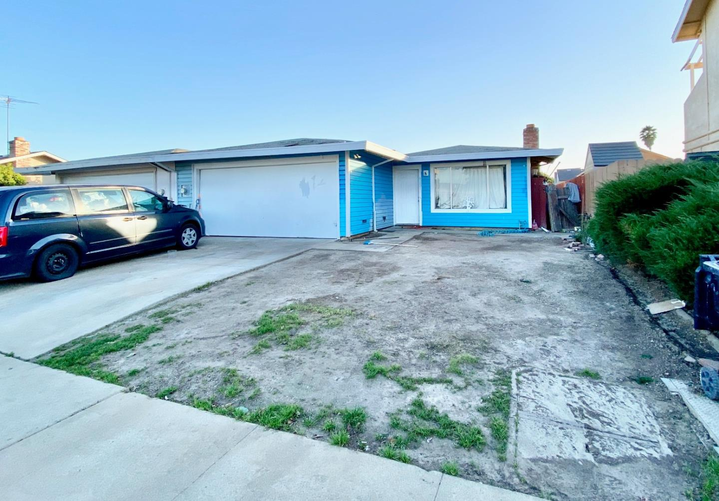 Detail Gallery Image 1 of 1 For 608 Donner Way, Salinas,  CA 93906 - 3 Beds   1/1 Baths