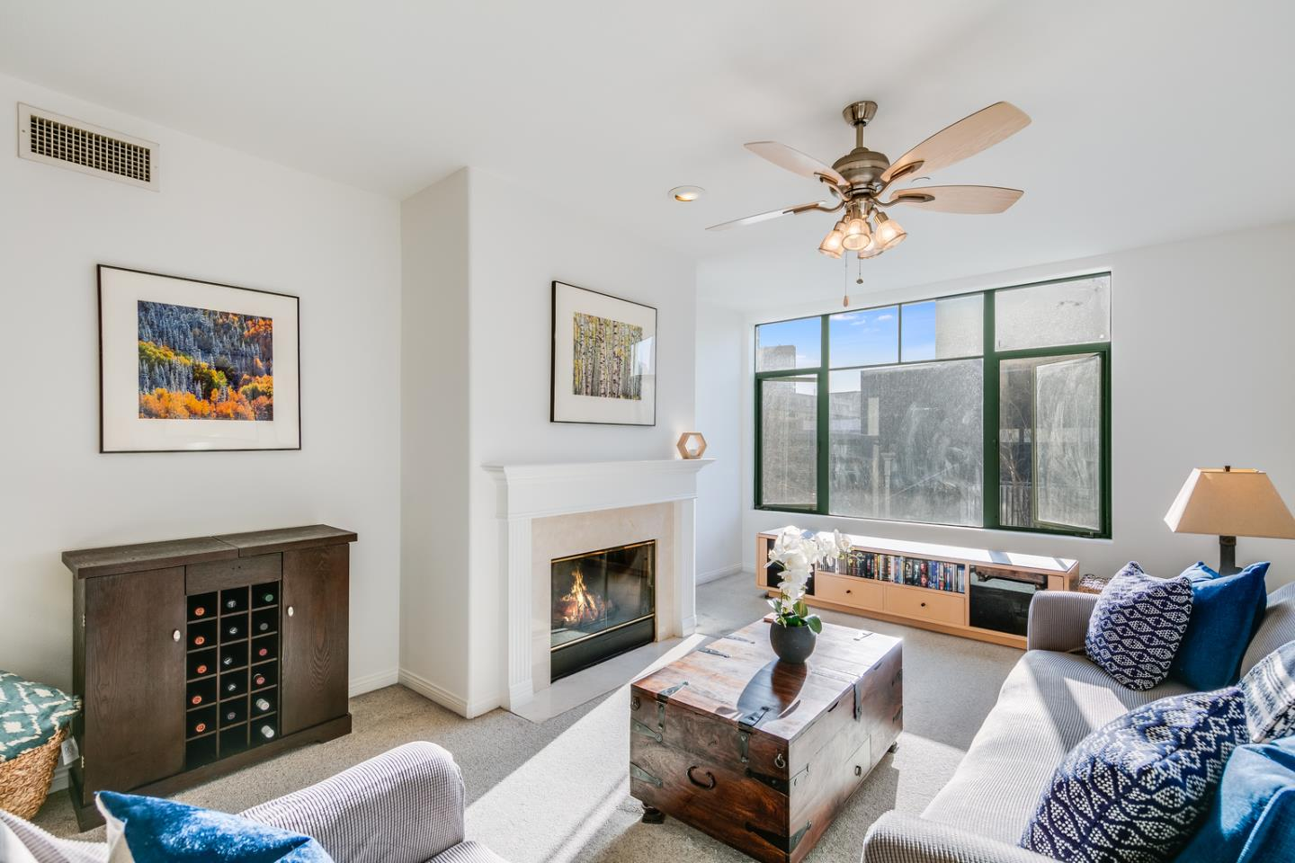 Detail Gallery Image 1 of 38 For 144 S 3rd St #405,  San Jose,  CA 95112 - 1 Beds | 1 Baths