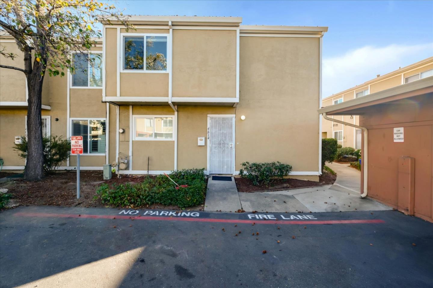 Detail Gallery Image 1 of 1 For 4614 Fanwood Ter Ter, Fremont,  CA 94538 - 3 Beds | 1/1 Baths