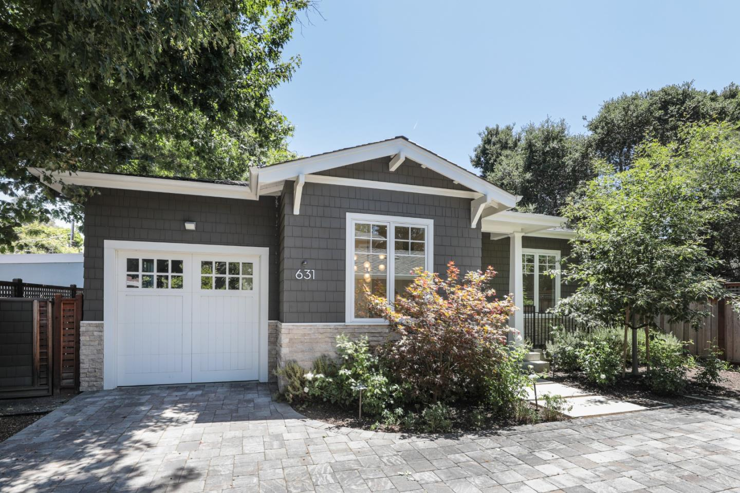 Detail Gallery Image 1 of 1 For 631 Harvard Ave, Menlo Park,  CA 94025 - 3 Beds | 3/1 Baths