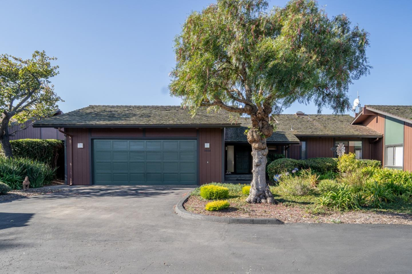 Detail Gallery Image 1 of 1 For 14084 Reservation Rd, Salinas,  CA 93908 - 2 Beds   2 Baths