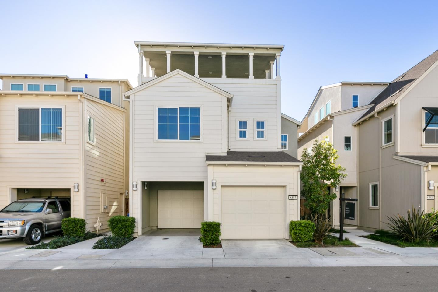 Detail Gallery Image 1 of 39 For 8552 Rockview Way, Newark,  CA 94560 - 3 Beds | 2/1 Baths