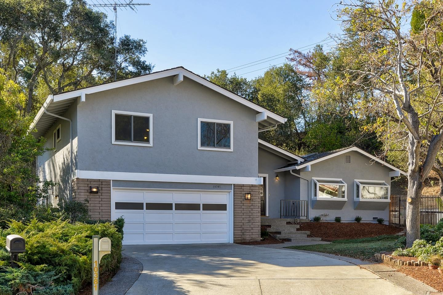 Detail Gallery Image 1 of 1 For 10381 Rivercrest Ct, Cupertino,  CA 95014 - 4 Beds | 2/1 Baths