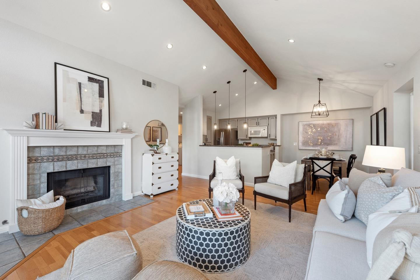 Detail Gallery Image 1 of 1 For 1636 Vista Del Sol, San Mateo,  CA 94404 - 2 Beds | 2 Baths