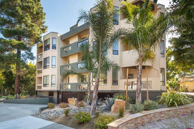 Detail Gallery Image 1 of 1 For 1457 Bellevue Ave #4,  Burlingame,  CA 94010 - 2 Beds | 2 Baths