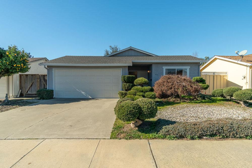 Detail Gallery Image 1 of 1 For 631 Peartree Dr, Watsonville,  CA 95076 - 2 Beds   2 Baths