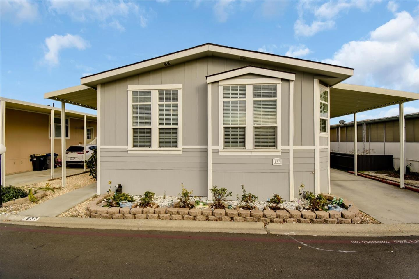Detail Gallery Image 1 of 40 For 1220 Tasman Dr #577,  Sunnyvale,  CA 94089 - 3 Beds | 2 Baths