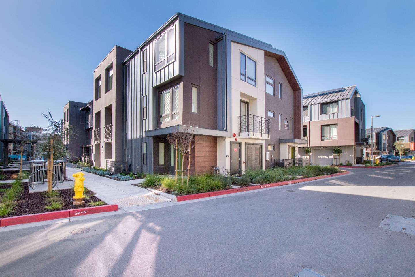 Detail Gallery Image 1 of 1 For 3828 Enrichment Ter #1002,  Fremont,  CA 94538 - 4 Beds | 3/1 Baths