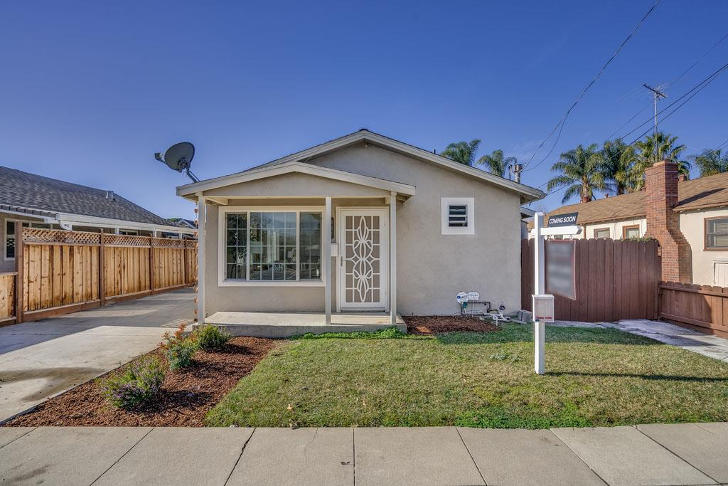 Detail Gallery Image 1 of 1 For 431 N 18th St, San Jose,  CA 95112 - 2 Beds | 2 Baths