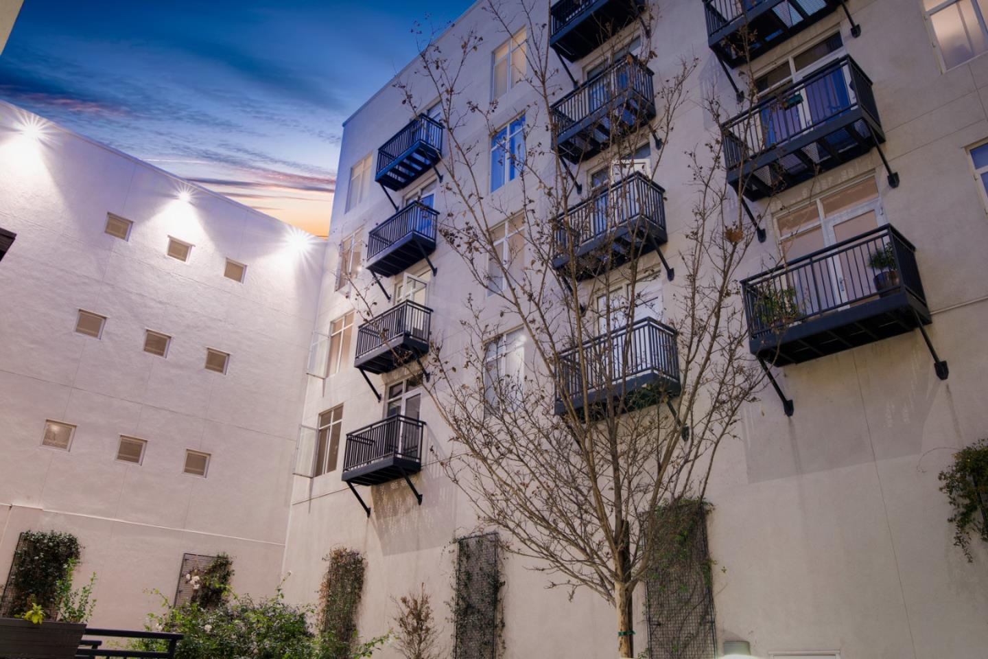 Detail Gallery Image 1 of 30 For 25 S 3rd St #315,  San Jose,  CA 95113 - 1 Beds | 1 Baths