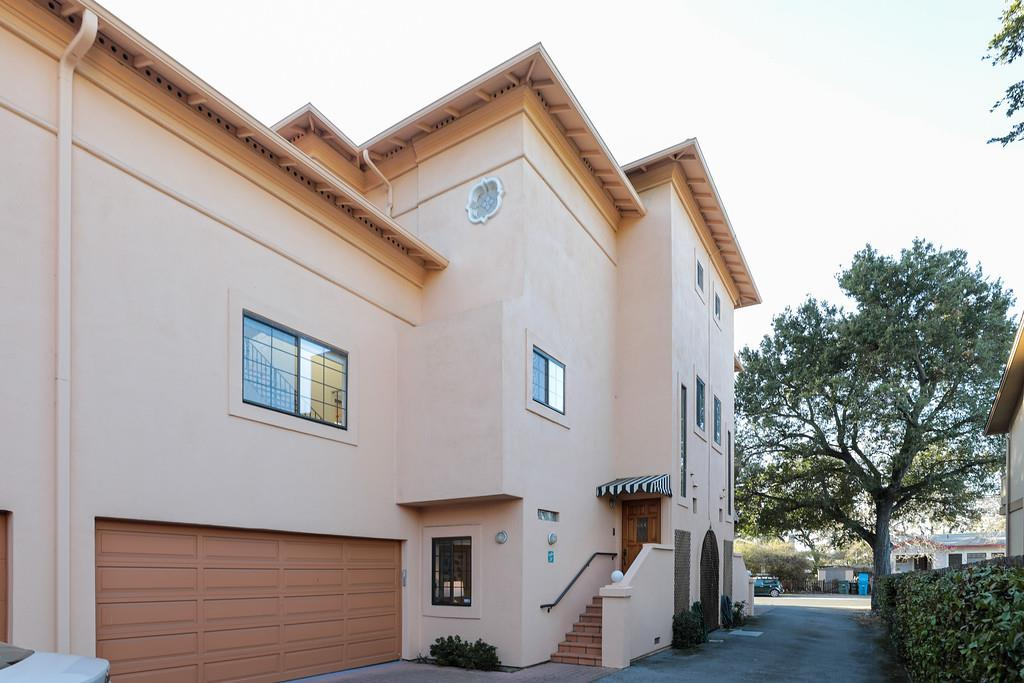 Detail Gallery Image 1 of 1 For 50 Loyola Ave, Menlo Park,  CA 94025 - 3 Beds | 2/1 Baths