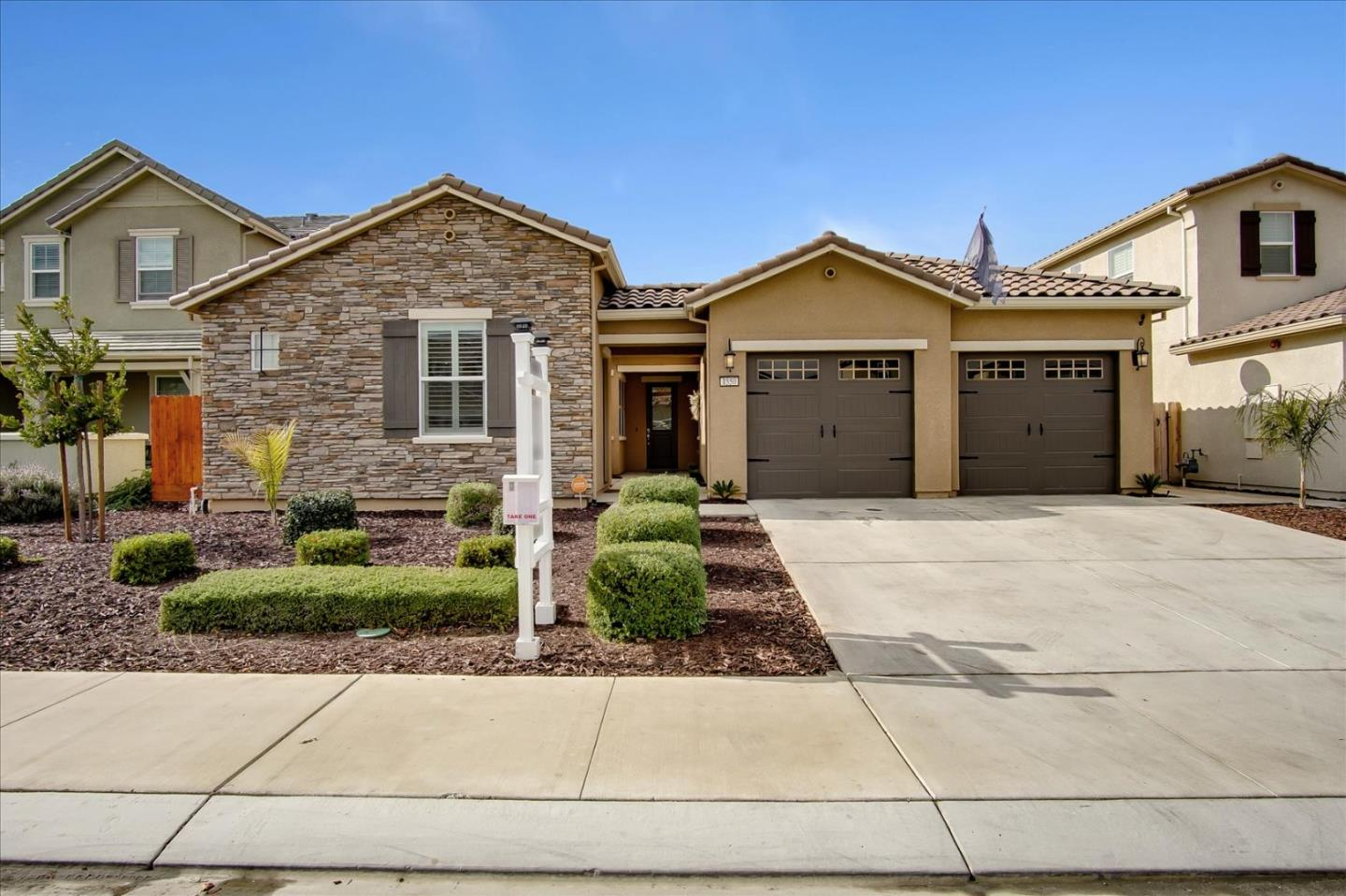 Detail Gallery Image 1 of 1 For 1550 Park Trail Dr, Hollister,  CA 95023 - 4 Beds | 3/1 Baths