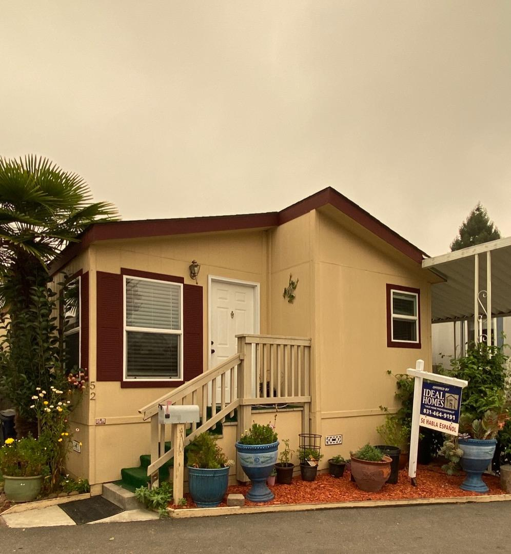 Detail Gallery Image 1 of 21 For 930 Rosedale Ave #52,  Capitola,  CA 95010 - 3 Beds | 2 Baths
