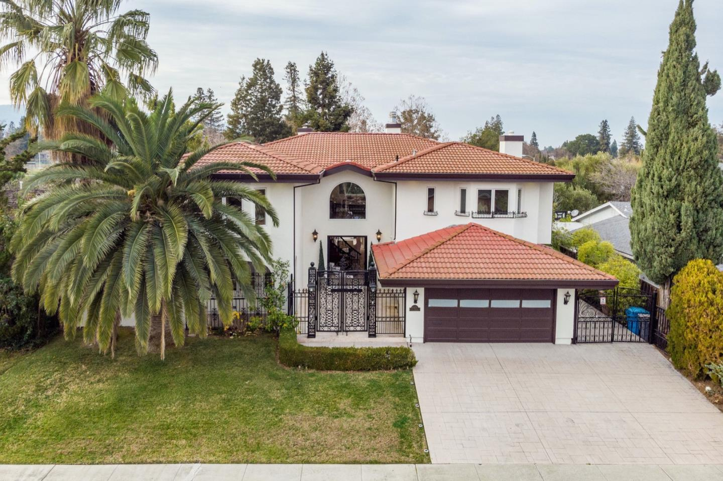 Detail Gallery Image 1 of 1 For 10277 Cold Harbor Ave, Cupertino,  CA 95014 - 5 Beds | 4/1 Baths
