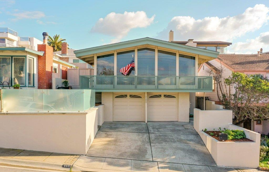 Detail Gallery Image 1 of 1 For 118 Spray Ave, Monterey,  CA 93940 - 3 Beds | 2 Baths