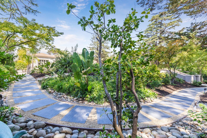 1868 Floribunda AVE, HILLSBOROUGH, California 94010, 8 Bedrooms Bedrooms, ,8 BathroomsBathrooms,Residential,For Sale,1868 Floribunda AVE,ML81827314