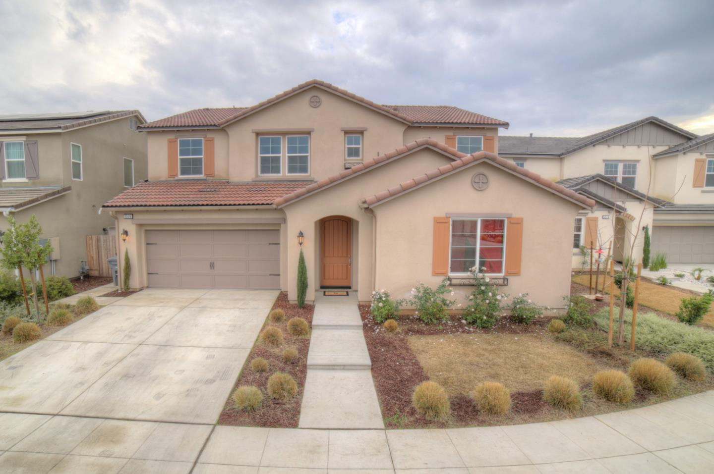 Detail Gallery Image 1 of 1 For 3526 Robinwood Ave, Clovis,  CA 93619 - 5 Beds | 3/1 Baths