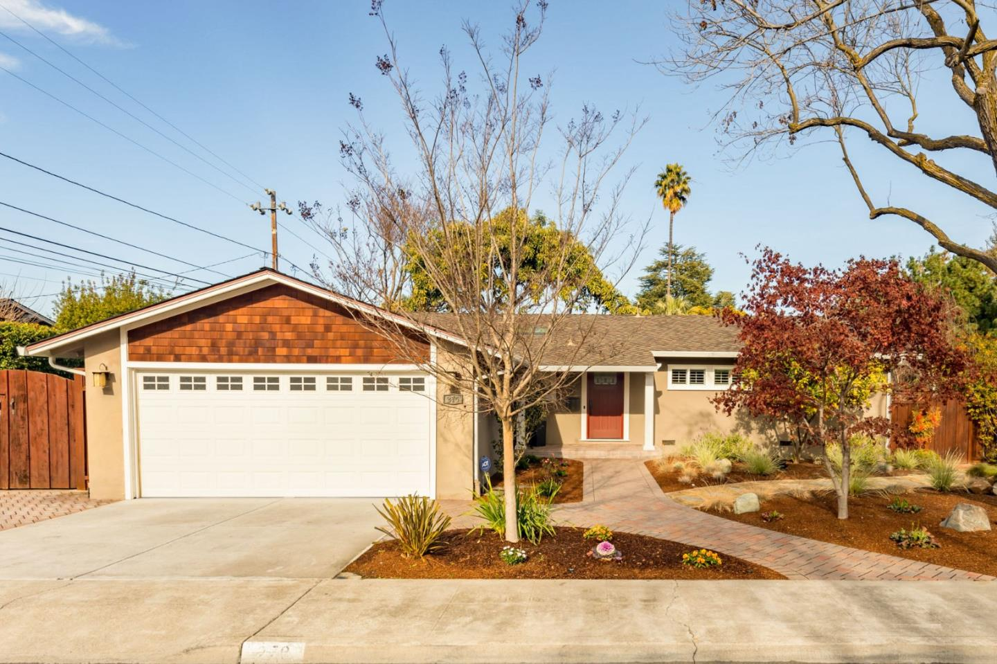Detail Gallery Image 1 of 1 For 270 Barbara Ave, Mountain View,  CA 94040 - 3 Beds | 2 Baths