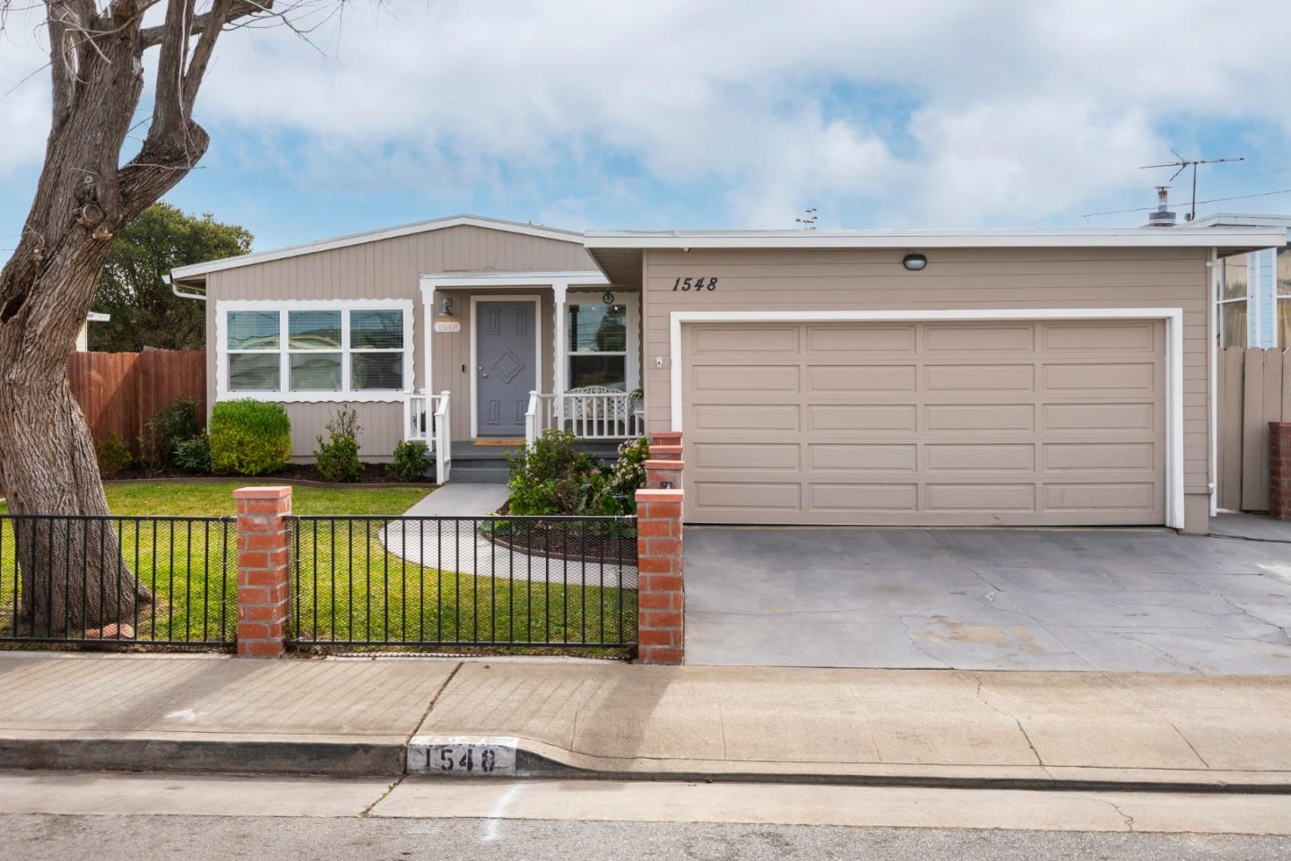 Detail Gallery Image 1 of 30 For 1548 Lodi Ave, San Mateo,  CA 94401 - 5 Beds   3 Baths