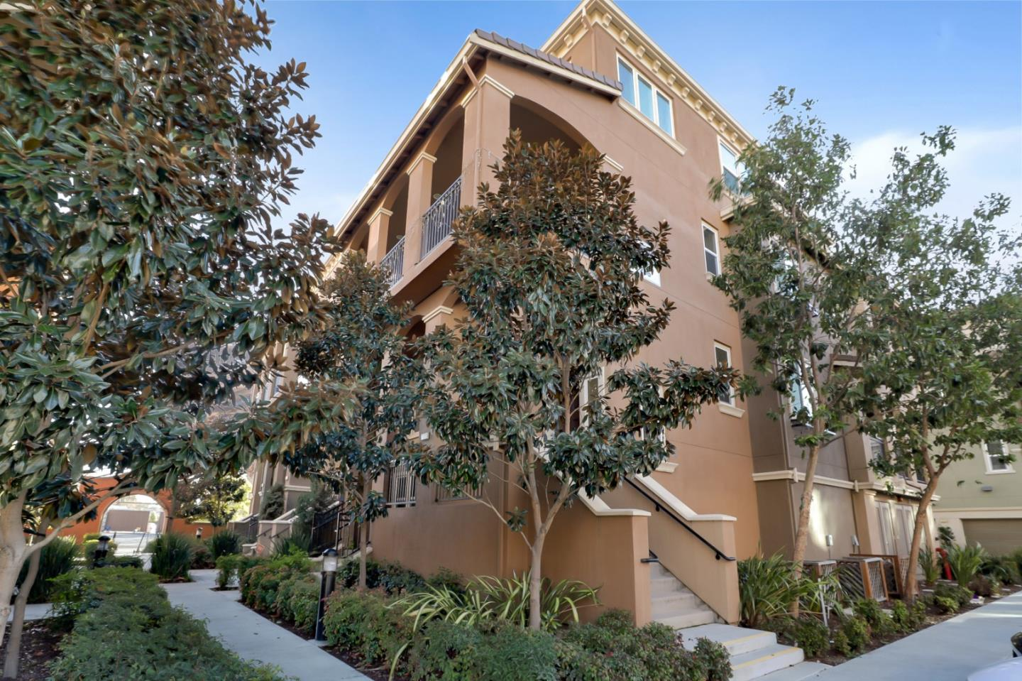 Detail Gallery Image 1 of 1 For 236 Currlin Cir, Milpitas,  CA 95035 - 3 Beds   3 Baths