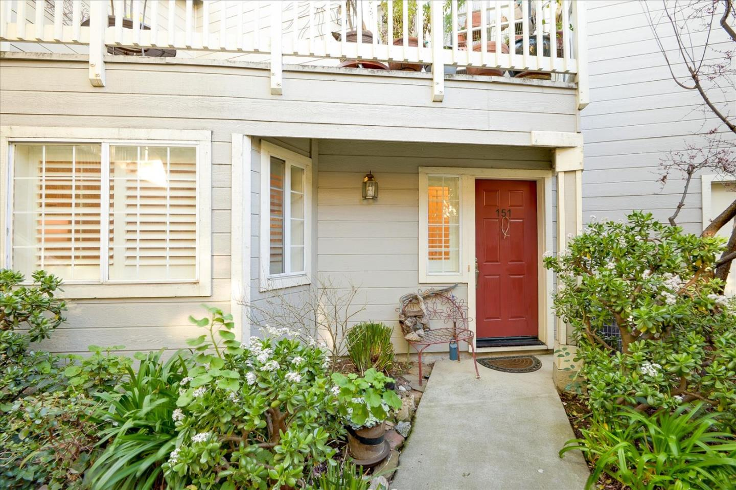 Detail Gallery Image 1 of 1 For 151 Margo Dr #2,  Mountain View,  CA 94041 - 2 Beds | 2/1 Baths