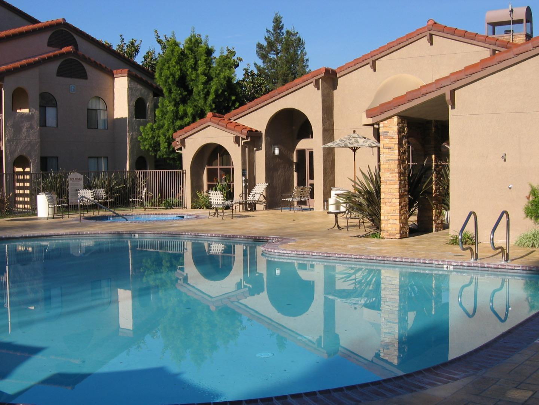 Detail Gallery Image 1 of 1 For 2250 Monroe St #237,  Santa Clara,  CA 95050 - 1 Beds   1 Baths