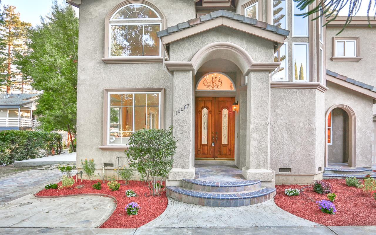 Detail Gallery Image 1 of 1 For 10067 Bianchi Way, Cupertino,  CA 95014 - 4 Beds   3 Baths