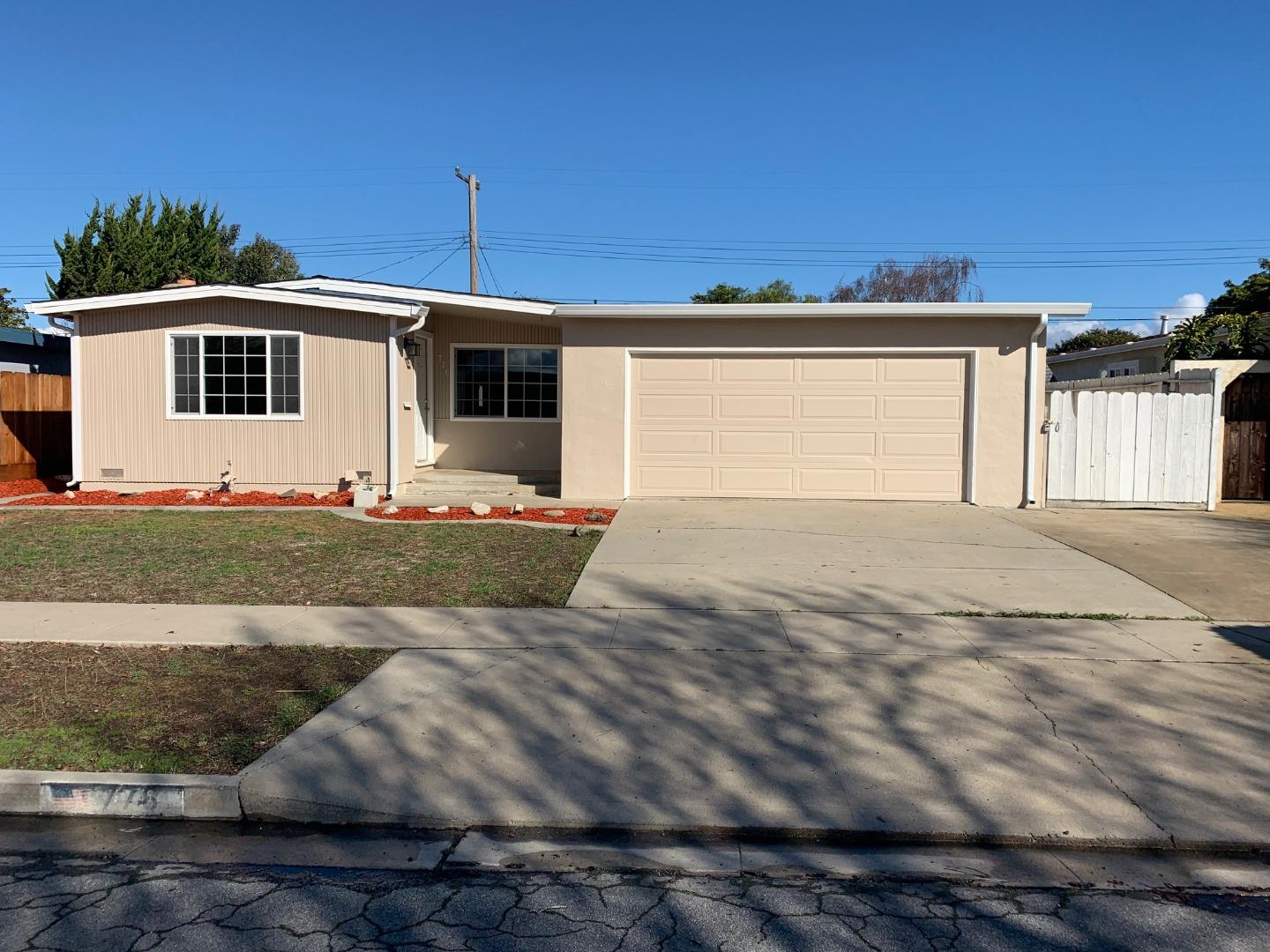 Detail Gallery Image 1 of 1 For 776 Hastings Ave, Salinas,  CA 93901 - 3 Beds   2 Baths