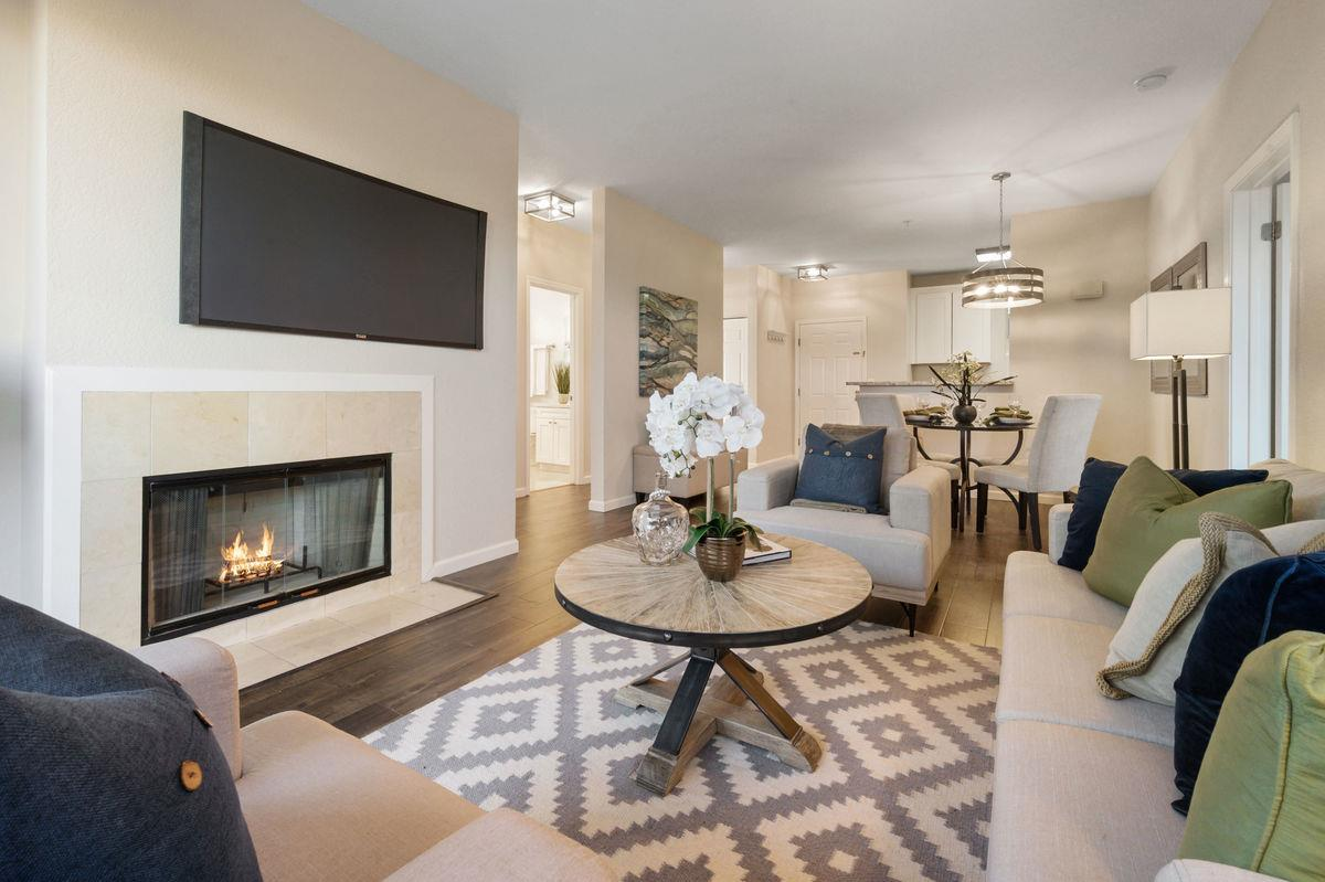 Detail Gallery Image 1 of 1 For 250 Santa Fe Ter #202,  Sunnyvale,  CA 94085 - 3 Beds   2 Baths