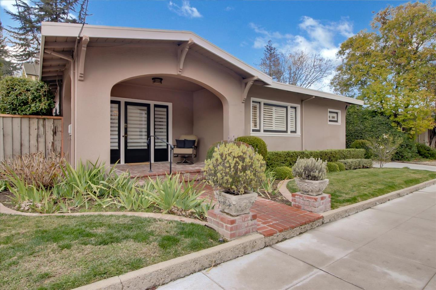 Detail Gallery Image 1 of 1 For 222 Nicholson Ave, Los Gatos,  CA 95030 - 2 Beds | 1 Baths