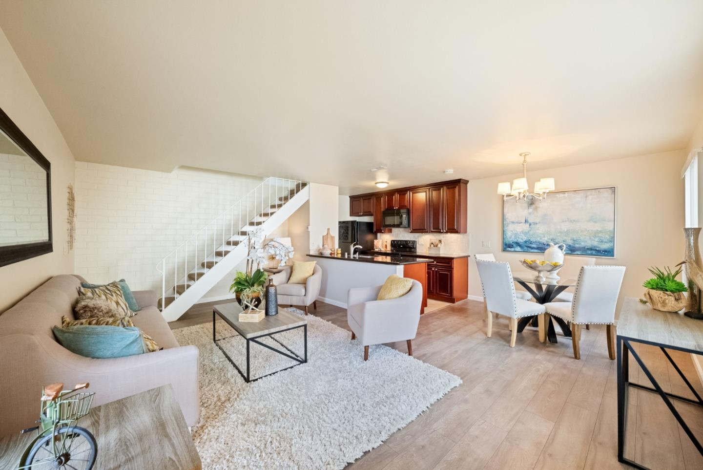 Detail Gallery Image 1 of 1 For 375 N 3rd St #3,  Campbell,  CA 95008 - 2 Beds | 1 Baths