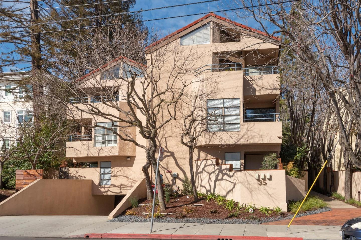 Detail Gallery Image 1 of 1 For 35 9th Ave #12,  San Mateo,  CA 94401 - 2 Beds | 2 Baths