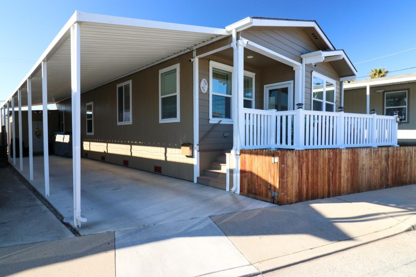 Detail Gallery Image 1 of 11 For 1146 Birch Ave #90,  Seaside,  CA 93955 - 2 Beds | 2 Baths