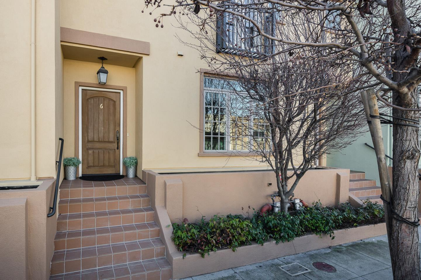 Detail Gallery Image 1 of 1 For 1705 Palm Ave #6,  San Mateo,  CA 94402 - 1 Beds | 1/1 Baths