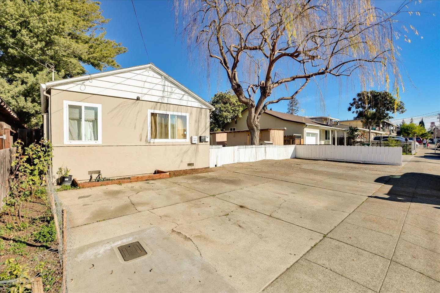Detail Gallery Image 1 of 1 For 2911-2913 Calvin Ave, Redwood City,  CA 94063 - – Beds | – Baths