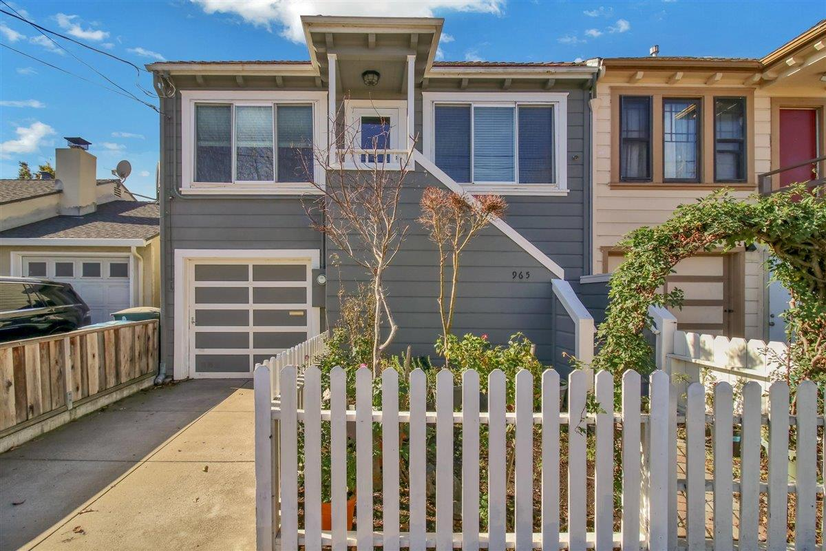 Detail Gallery Image 1 of 1 For 965 Hensley Ave, San Bruno,  CA 94066 - 2 Beds | 1 Baths