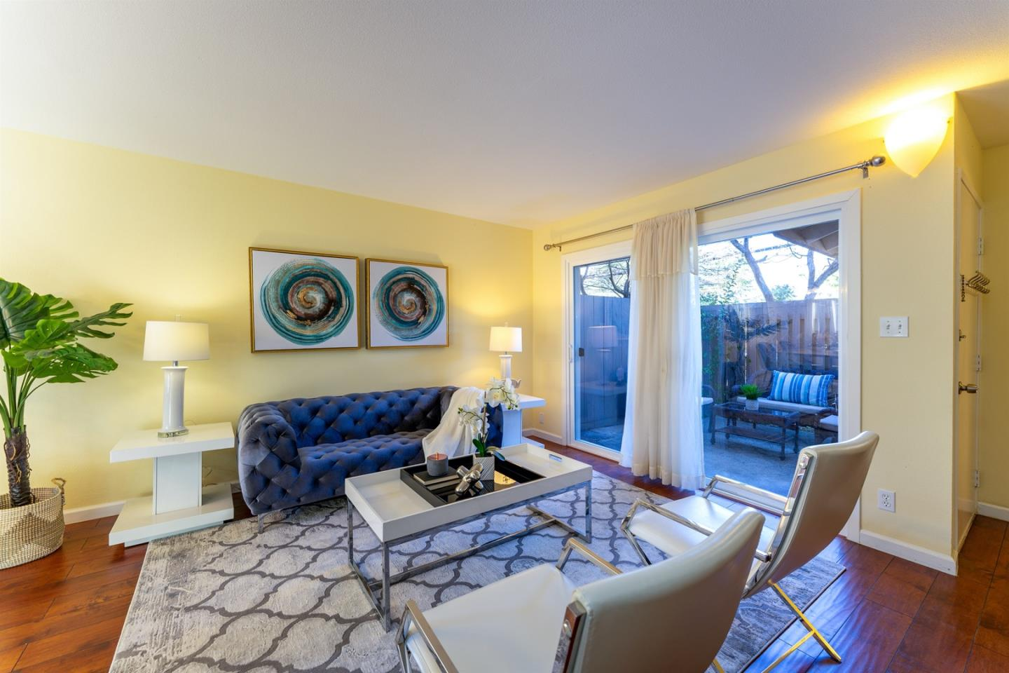 Detail Gallery Image 1 of 1 For 21063 Red Fir Ct, Cupertino,  CA 95014 - 2 Beds | 1/1 Baths