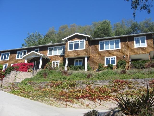 Detail Gallery Image 1 of 1 For 125 Eastridge Ct, Santa Cruz,  CA 95060 - 3 Beds | 2/1 Baths
