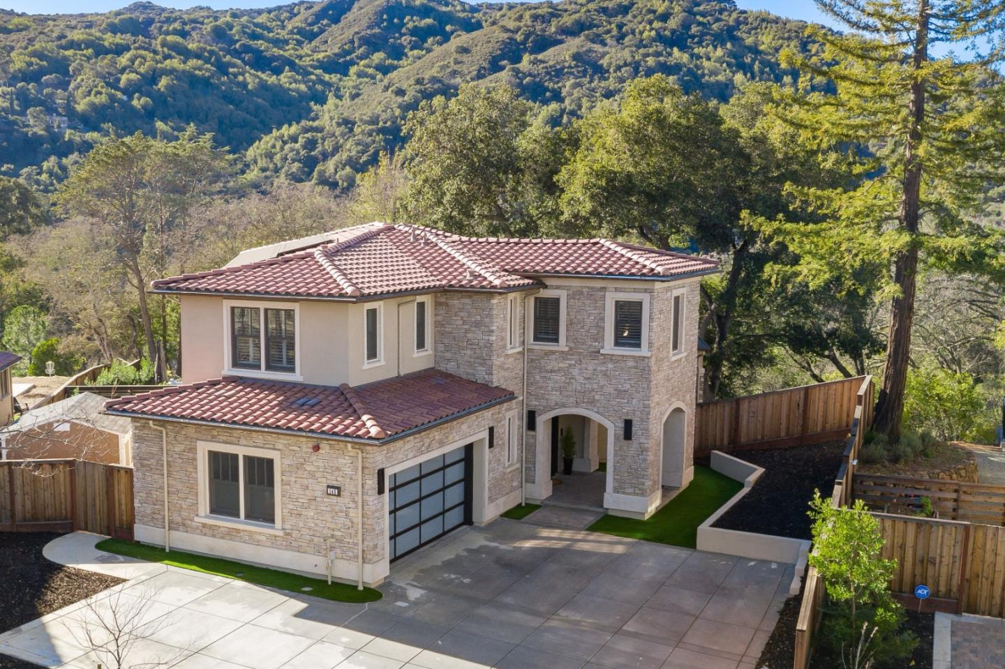 Detail Gallery Image 1 of 37 For 145 Sisters Ct, Los Gatos,  CA 95030 - 5 Beds | 4/1 Baths
