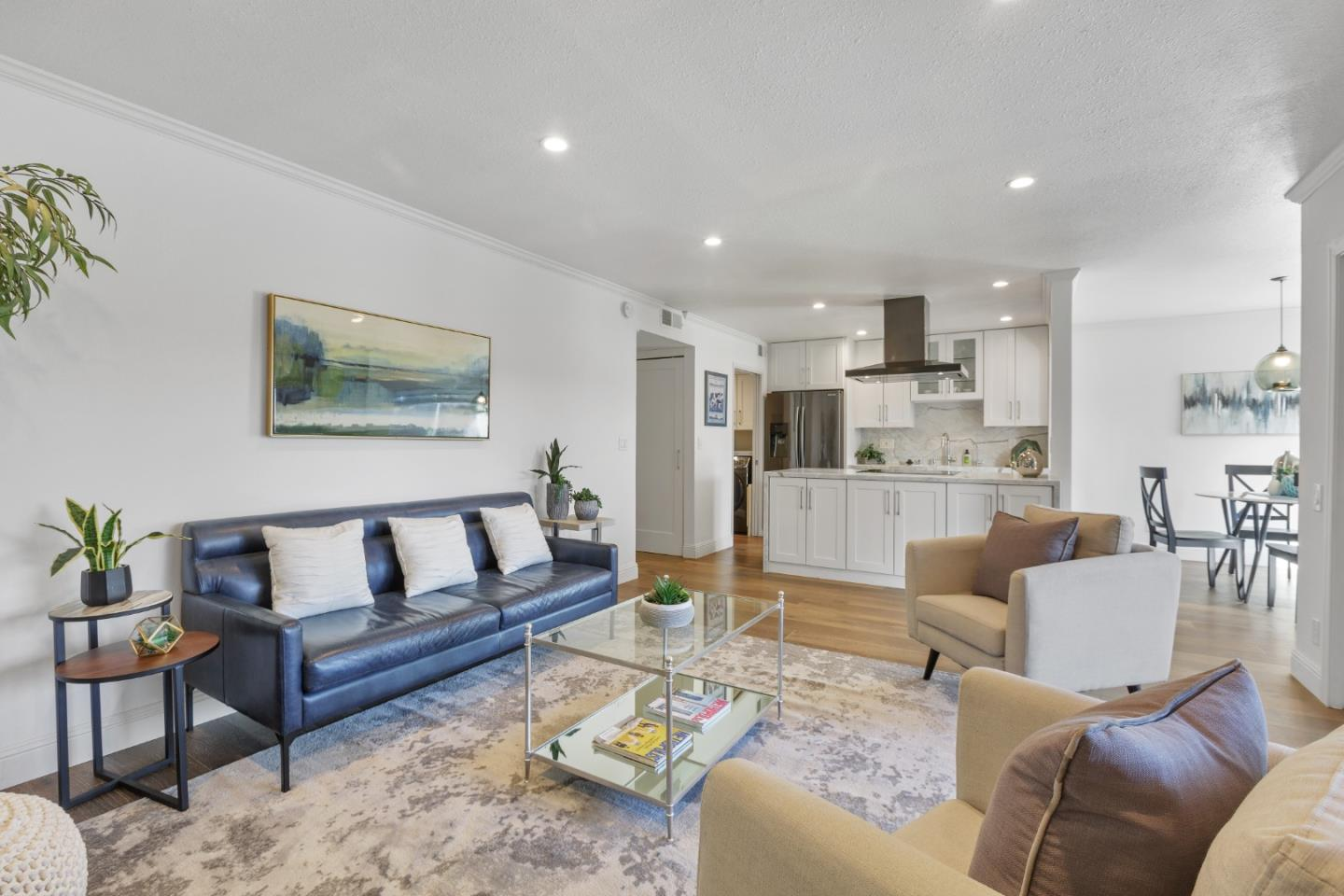 Detail Gallery Image 1 of 1 For 3392 Brittan Ave #7,  San Carlos,  CA 94070 - 2 Beds | 2 Baths